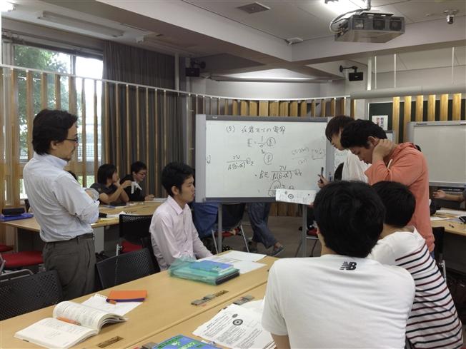 グループワーク室での授業②